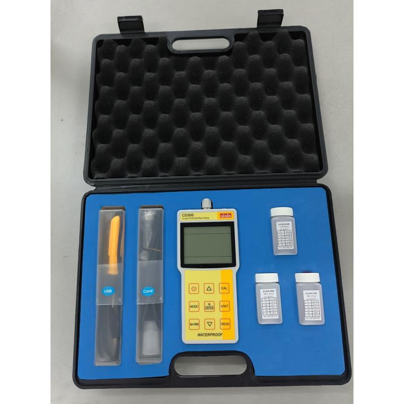 CD300专业型便携式电导率仪